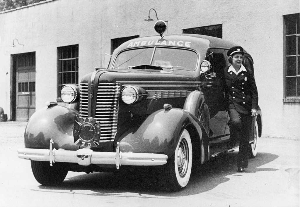 White 1947 Flxible Buick Ambulance Old Print